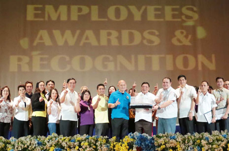 GATE earns standing ovation during Employees' Awards