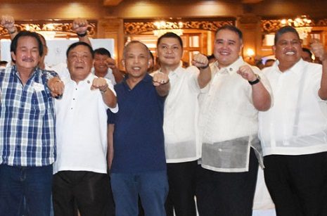 FIST-PUMP DAY FOR PANGASINAN POLS