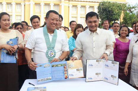 CEREMONIAL SIGNING OF SOUVENIR FOLDER AND OFFICIAL FIRST DAY COVER